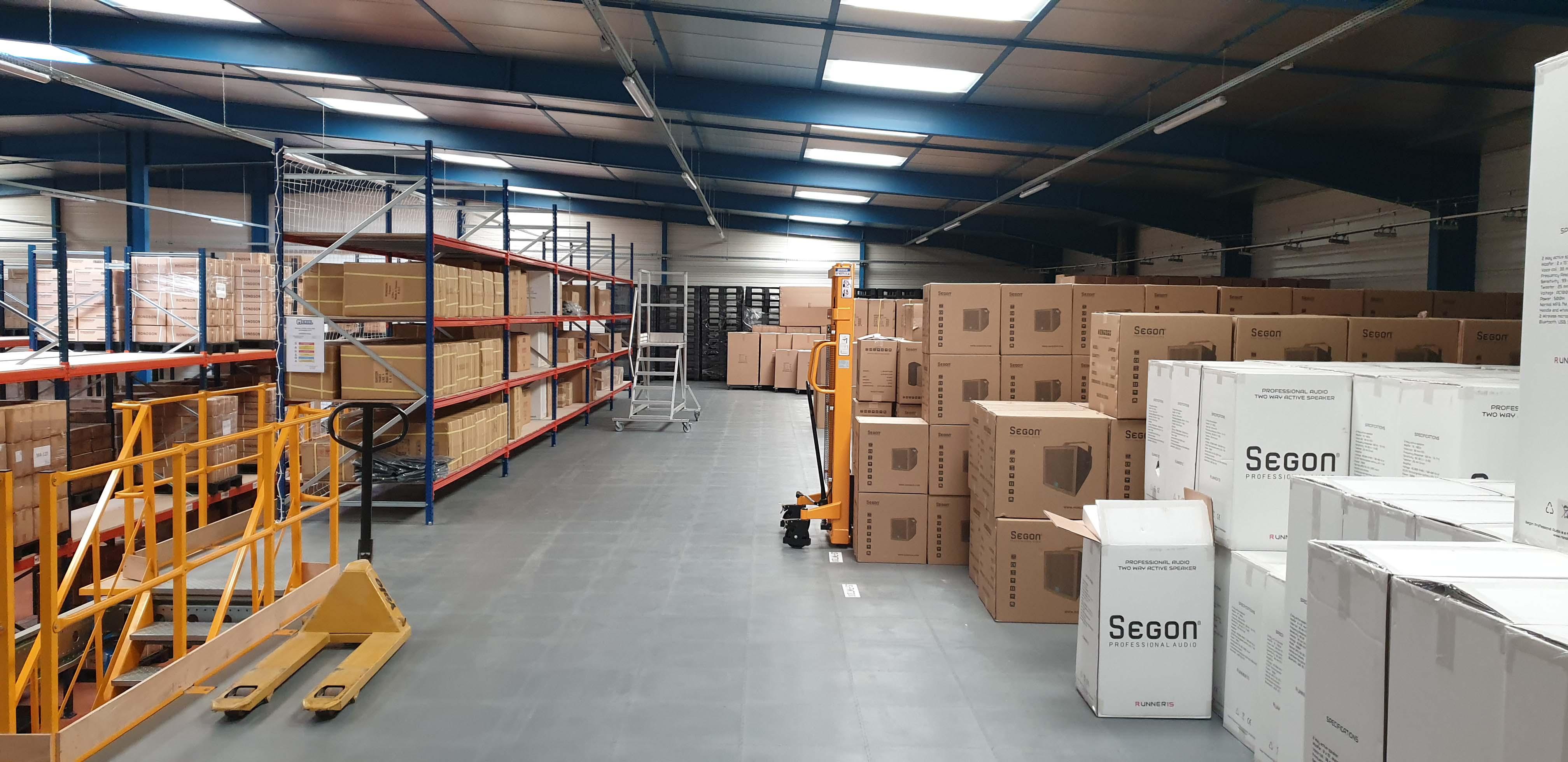 Entrepôt stock rondson étage
